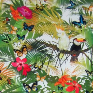 tapiterie cu flori colorate