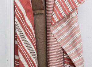 draperii dungi alb rosu