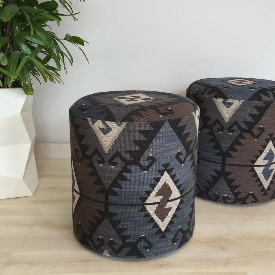 Materiale tapiterie cu modele geometrice