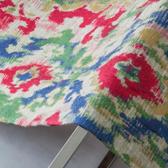 material tapiterie motive etnice