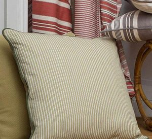 material textil cu dungi