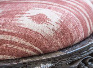 material textil culoare teracota