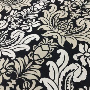 draperii clasice alb negru