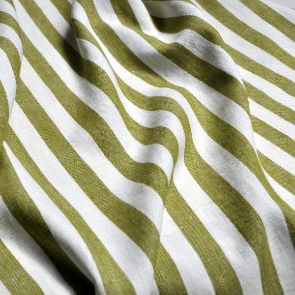 draperii-cu-dungi-verticale-verzi